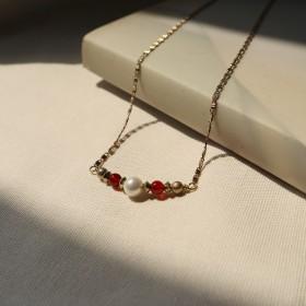 典藏傳承-女人韻味紅唇項鍊